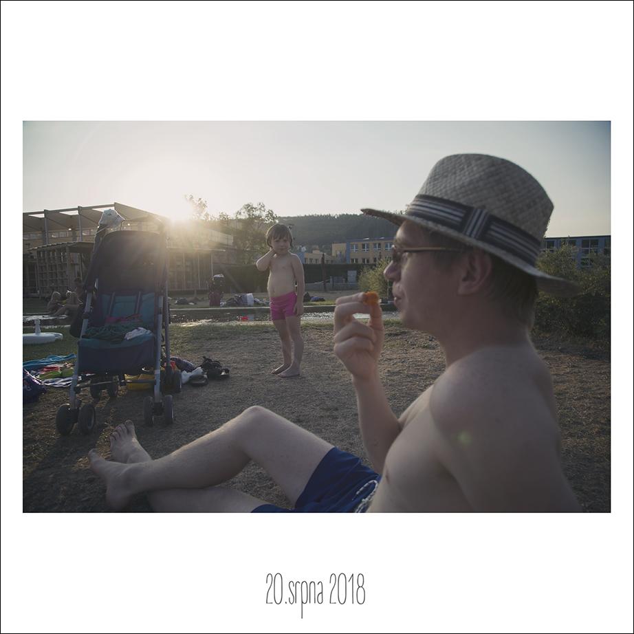 20_08_18
